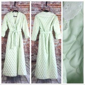 Vintage Quilted Ariel Robe